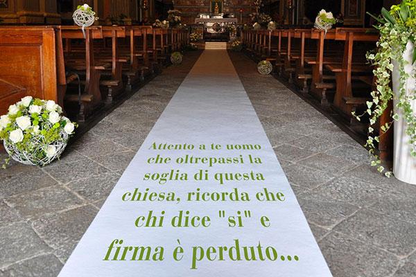 Tappeti nuziali personalizzati - foto via www.blog.tappetosumisura.it