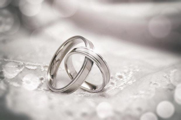 Superstizioni e matrimoni 2017 - foto via www.brambleberrybandb.com