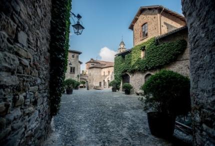 Castello di Tagliolo - foto via www.matrimonio.com