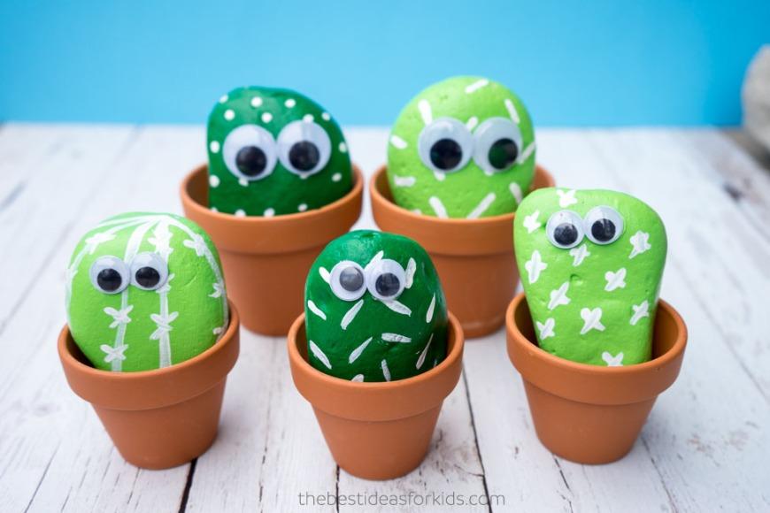Cactus di sassi - foto via funfamilycafts.com