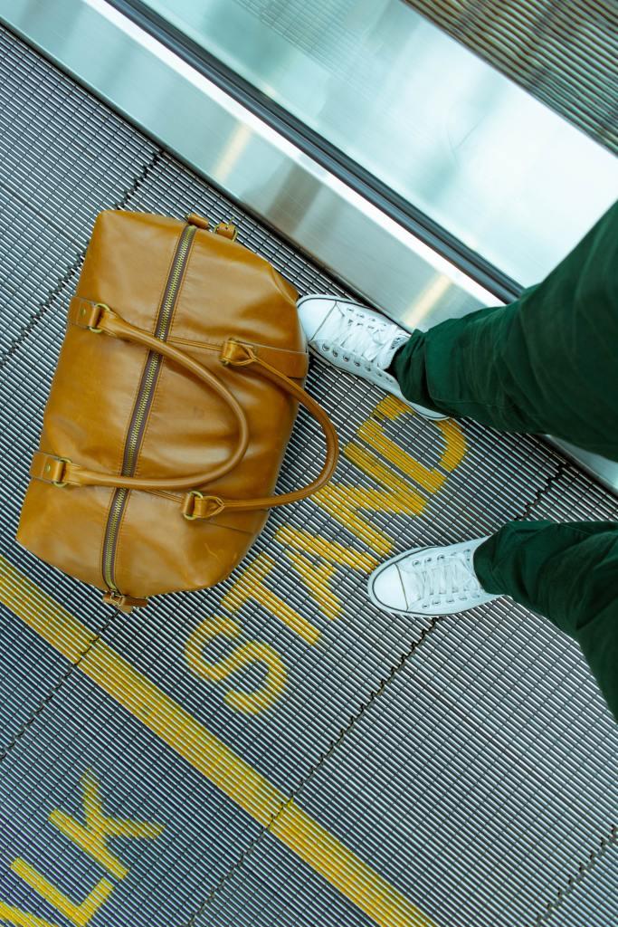 Chiudete la valigia e via su essedisposa.com - foto Jim Arnot on Unsplash