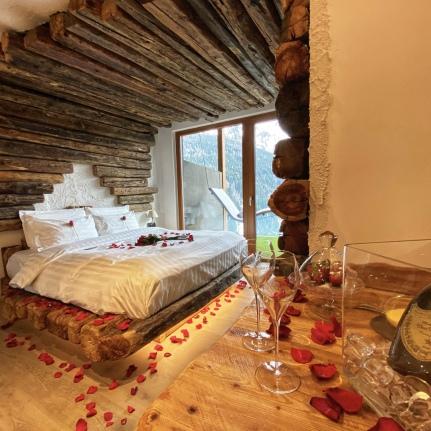 Location d'incanto su eSse di Sposa - Photo by hotelchaletalfoss.it